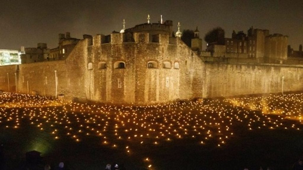 Tower of London lit up in WWI tribute