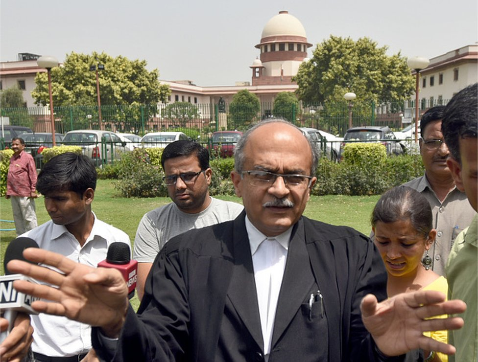 Prashant Bhushan: India finds an unlikely hero in lawyer-activist thumbnail