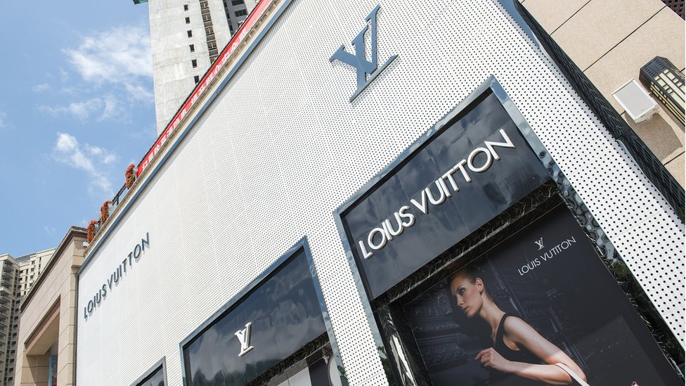 Luj ili Lju? Uočite razlike u lažnoj prodavnici Luj Viton u Renhuaiju