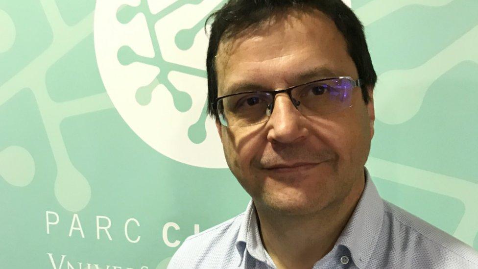 Profesor Rubén Artero