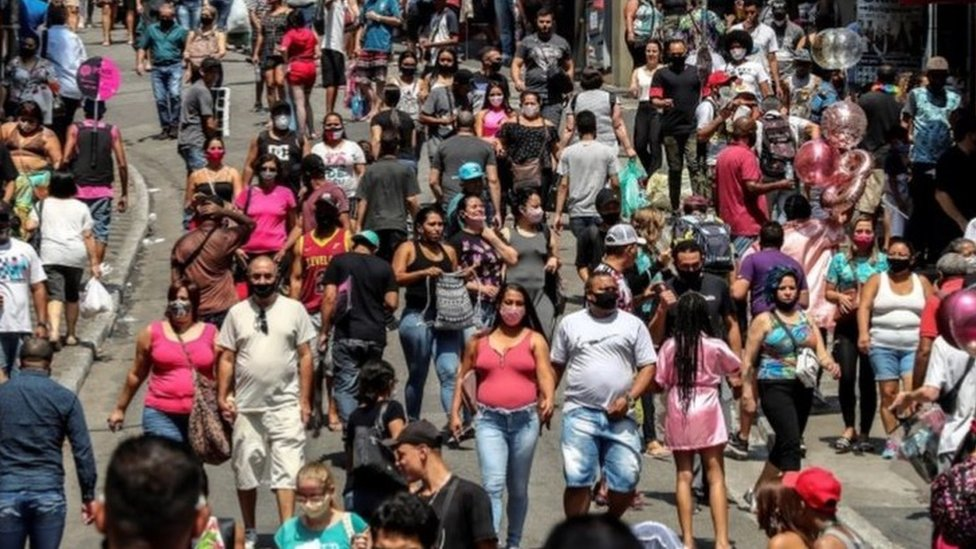 巴西已有530萬例確診病例