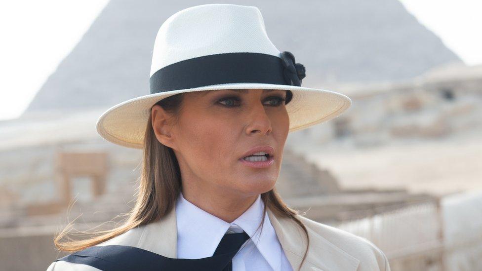En un acto inédito, Melania Trump despide a funcionaria del gobierno