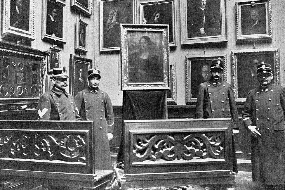 Tras ser robado del Louvre en 1913, la Mona Lisa fue hallada dos años más tarde en Florencia.