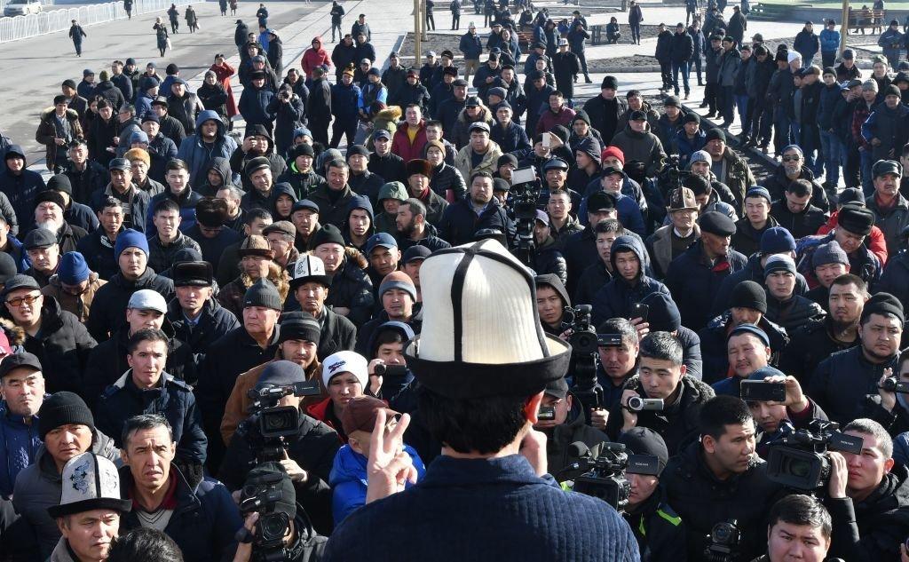 """2019年1月,比什凱克的一場反對所謂""""中國擴張""""的抗議集會。"""