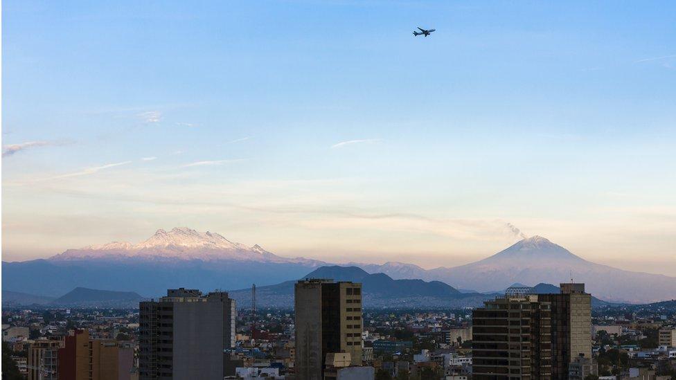 Un avión en Ciudad de México