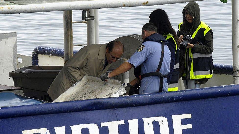 Incautación de un alijo de cocaína en el puerto de Vigo en 2013.