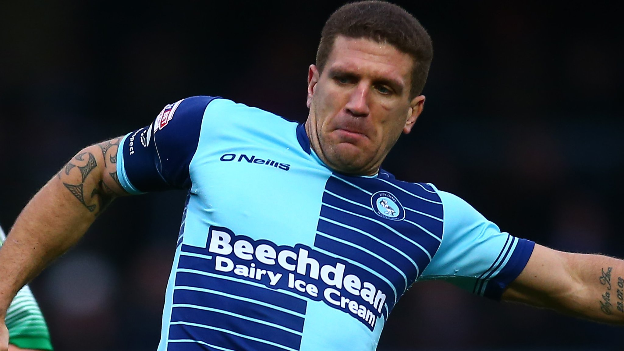 Adam El-Abd: Wycombe Wanderers captain extends contract until 2020