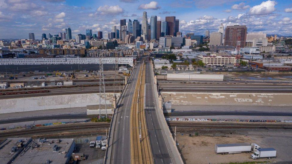Los Ángeles sin tráfico en marzo.