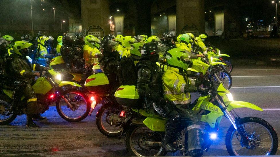 Motocicletas de la policia.