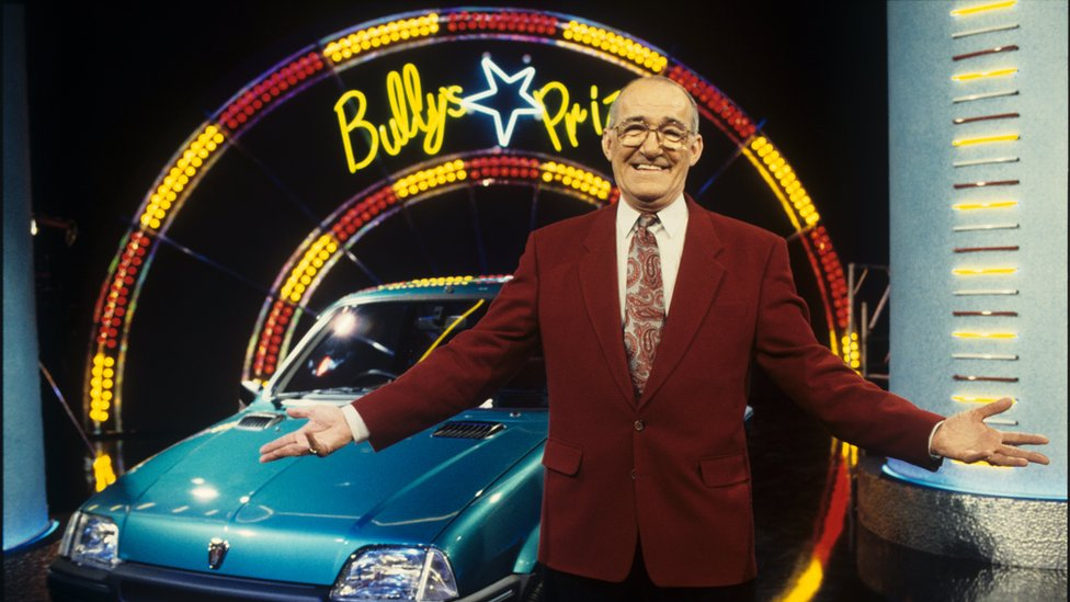Jim Bowen on Bullseye