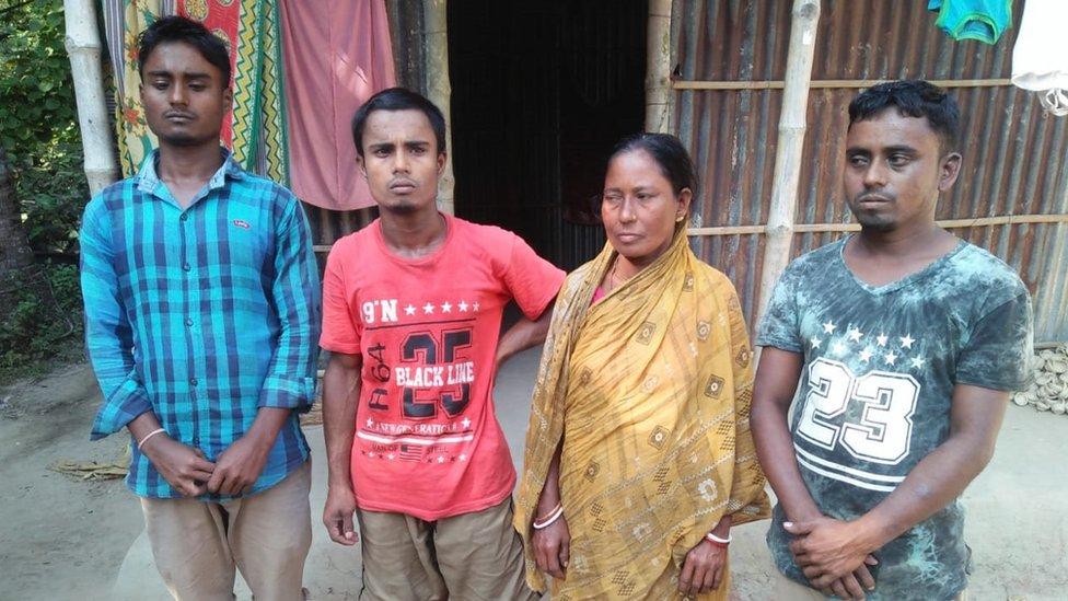 असमः अपने पिता का शव लेने से इनकार क्यों कर रहा है यह परिवार?