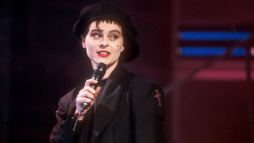 Lisa Stansfield on Top of the Pops in 1989