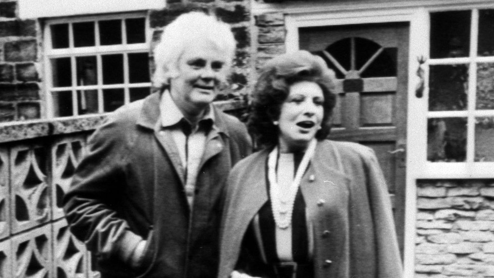 Tony Booth and wife Pat Phoenix