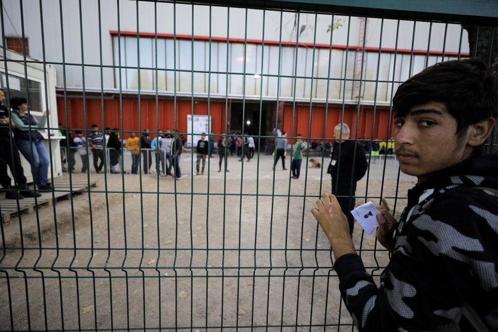kamp bira bihać bosna migranti
