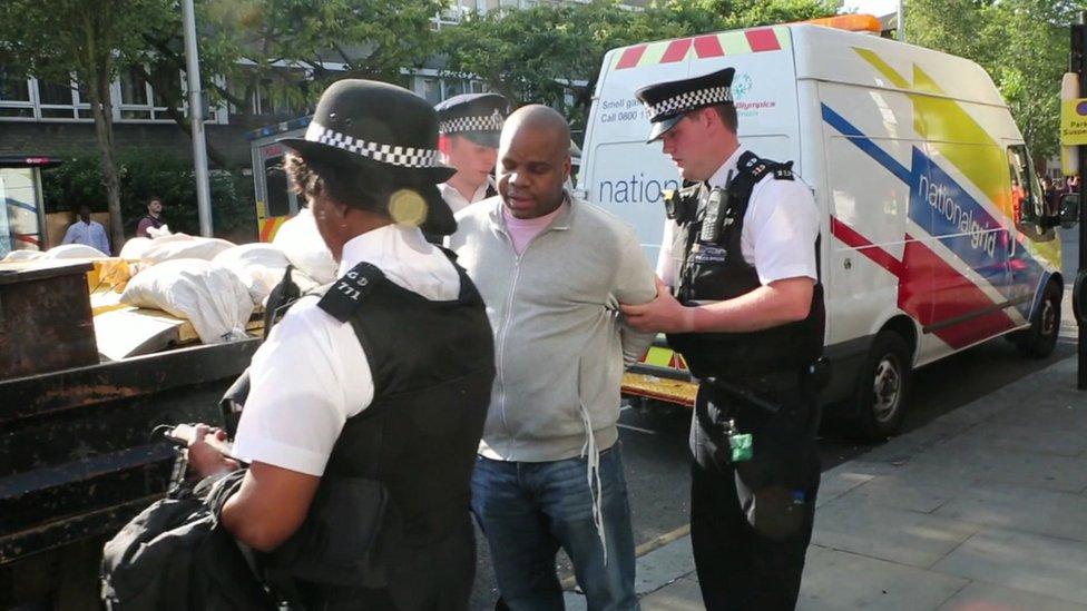 Arresto de Mwaikambo