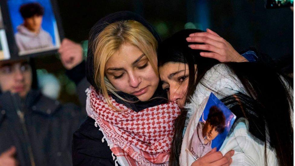 أهالي ضحايا الطائرة الأوكرانية المنكوبة