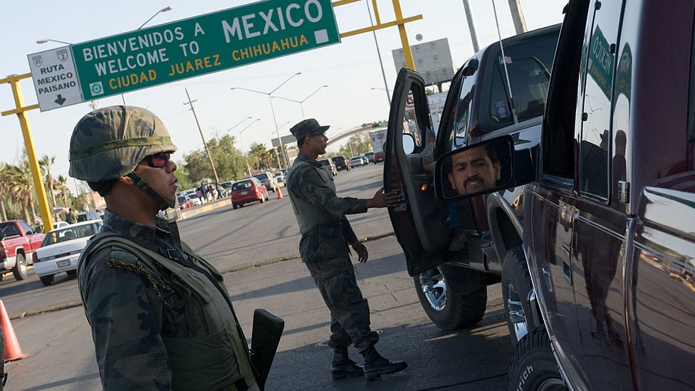 Entrada a Ciudad Juárez vigilada por militares
