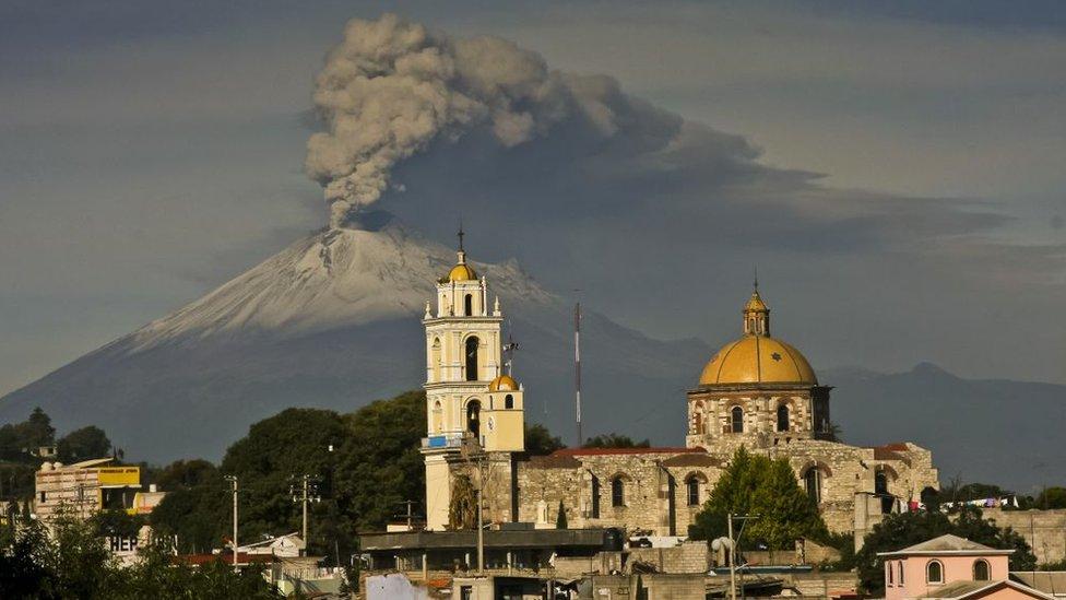 El Popocatépetl visto desde Puebla