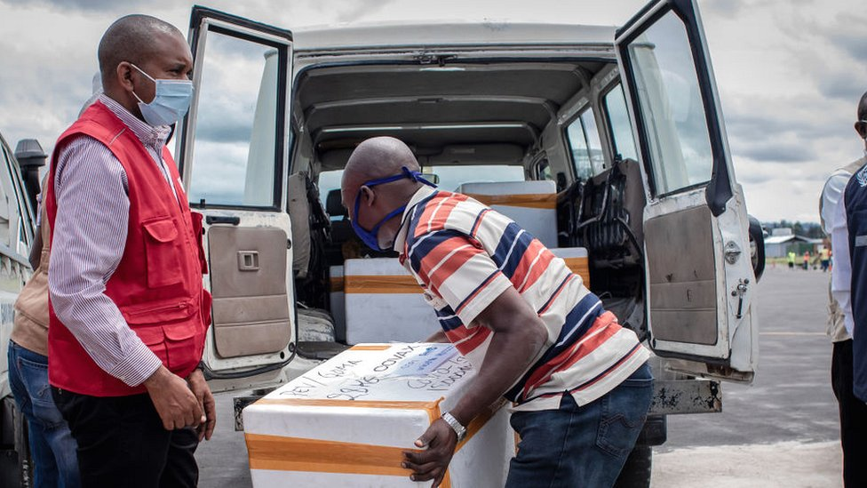 Covax supplies being loaded at Goma airport in DR Congo