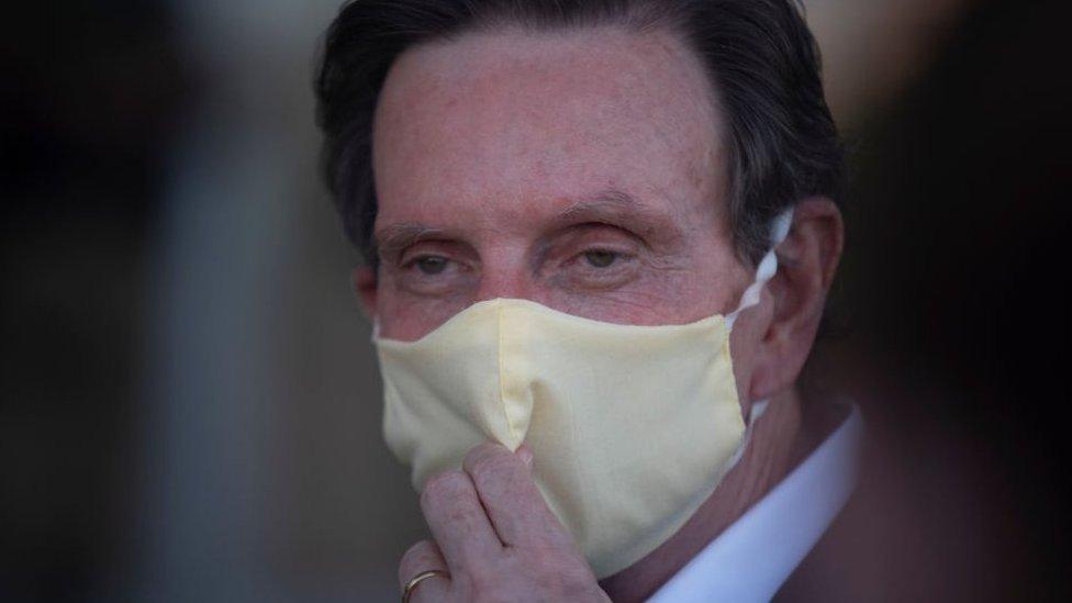 Marcelo Crivella: Rio mayor arrested over bribery claims thumbnail