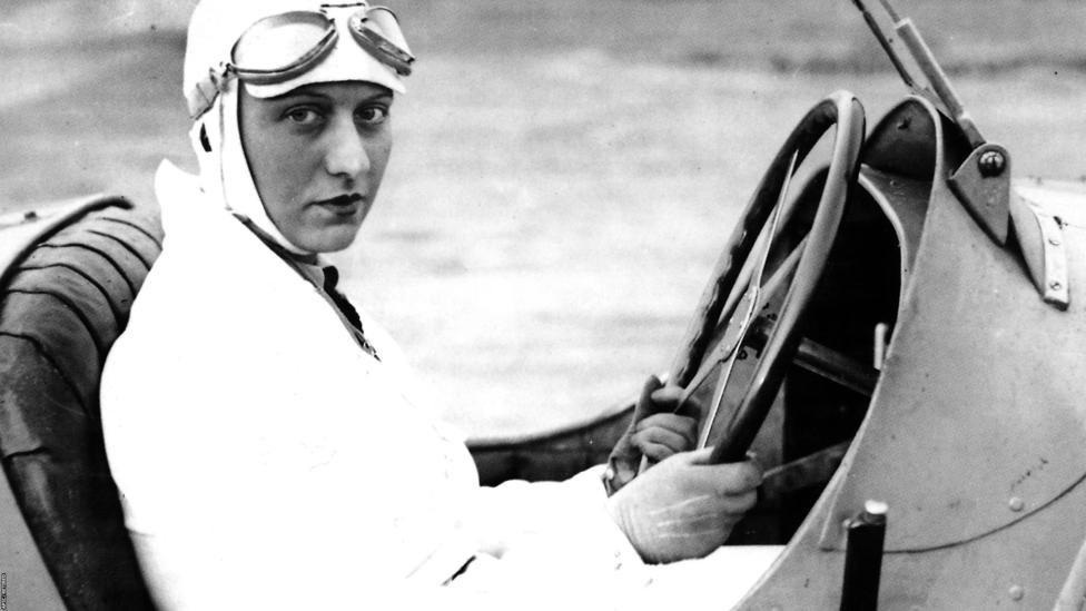 Гонщиця Еллі Найс. Дивовижна історія переможниці першого жіночого Гран-прі