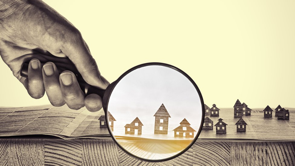 Muchos jóvenes prefieren diversificar sus ahorros e invertir en propiedades.