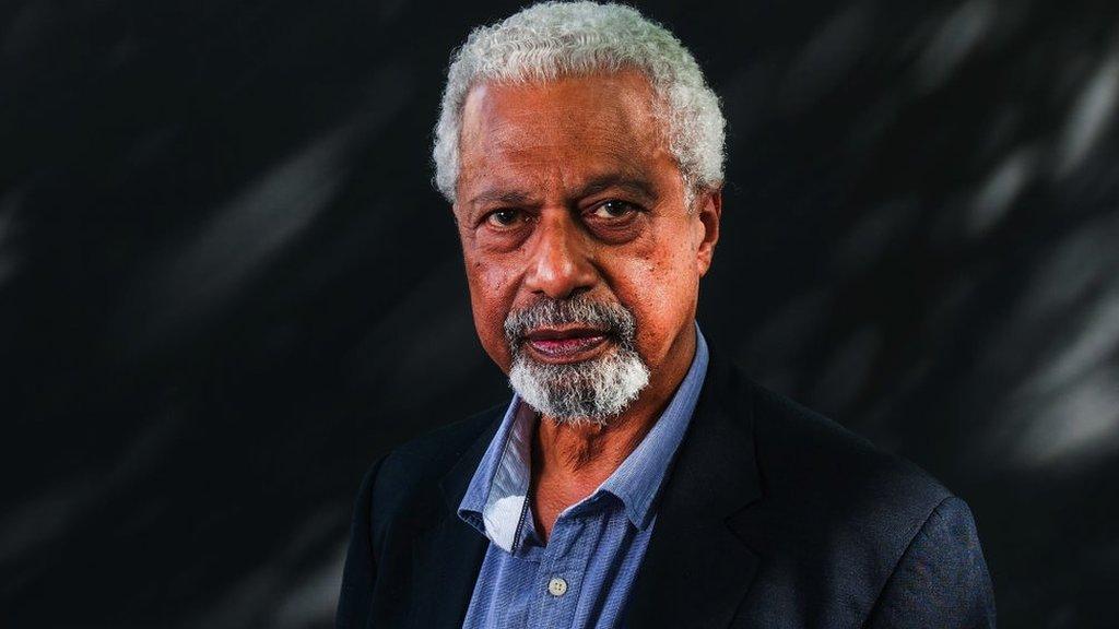 عبد الفتاح غورنا خلال مهرجان ادنبره الدولي للكتاب عام 2017