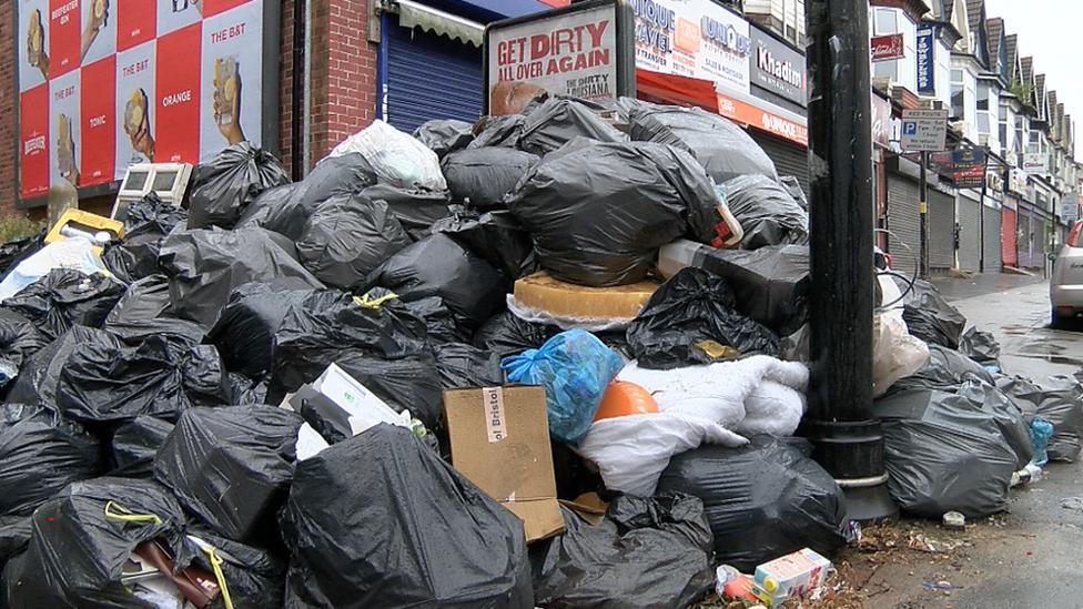 Birmingham bin row: Workers start latest strike action