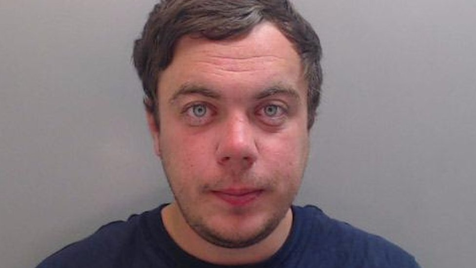 Daniel Renshaw jailed for stabbing sleeping father to death