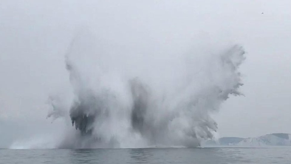 Isle of Wight: WW2 sea mine detonated by Navy
