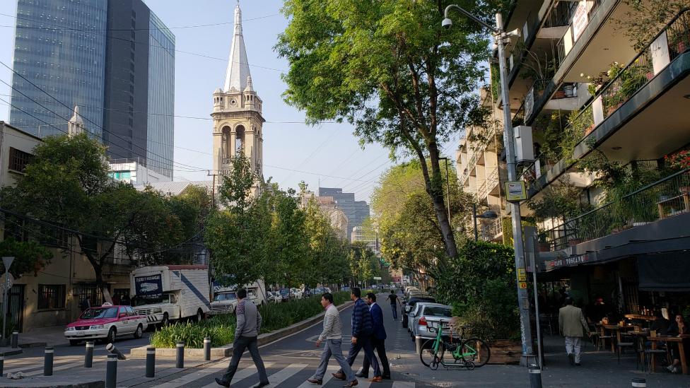 Templo de la Sagrada Familia en la Calle Orizaba de Ciudad de México hoy en día.
