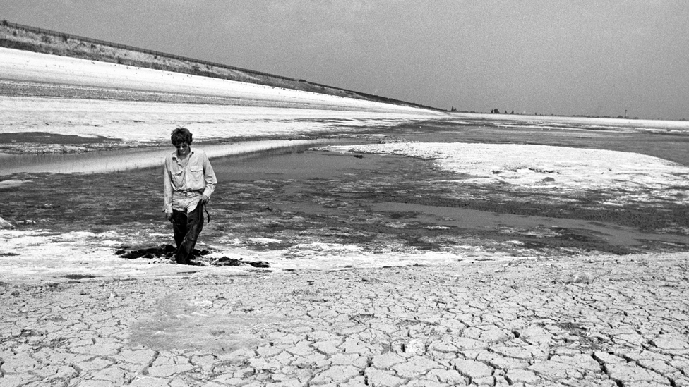 Staines reservoir, 1976