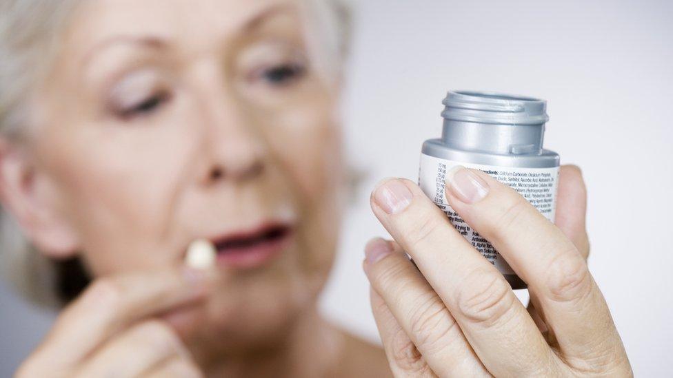 Aspirin 'safe' for brain-bleed strokes
