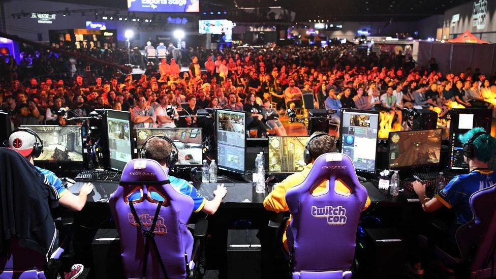 Evento de eSports patrocinado por Twitch.