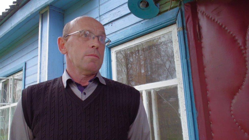 رئيس البلدية المدحور، نيكولاي لوكتيف البالغ من العمر 53 عاما، كان هو الذي اختار أودغودسكايا كمنافسة له