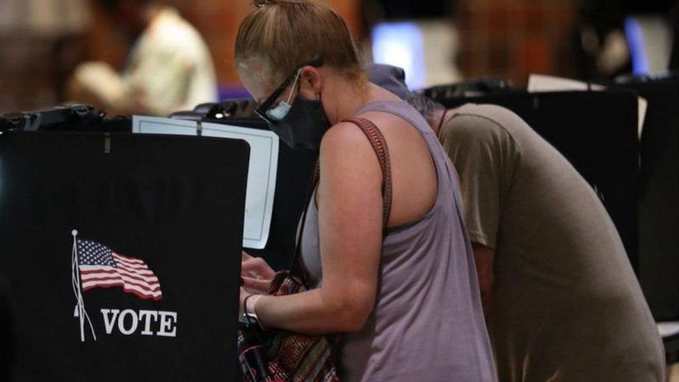 ABD'de oy kullanan bir seçmen