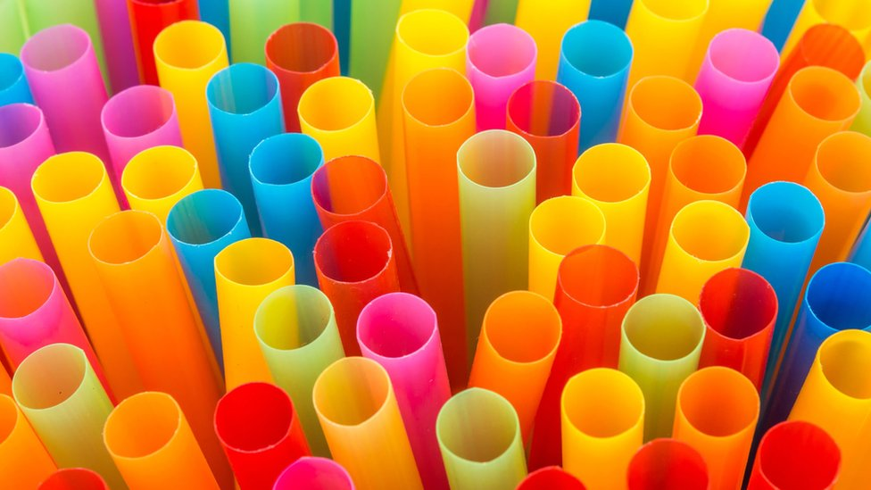 UK government to bring in new controls on plastic items