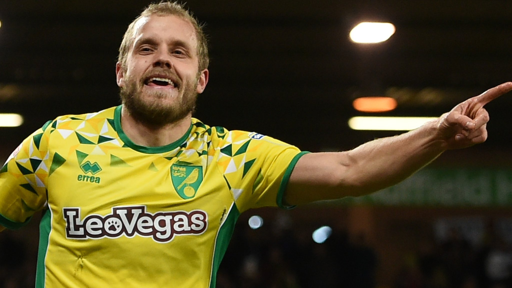 Norwich City 3-1 Birmingham City: Canaries end winless run in lively game