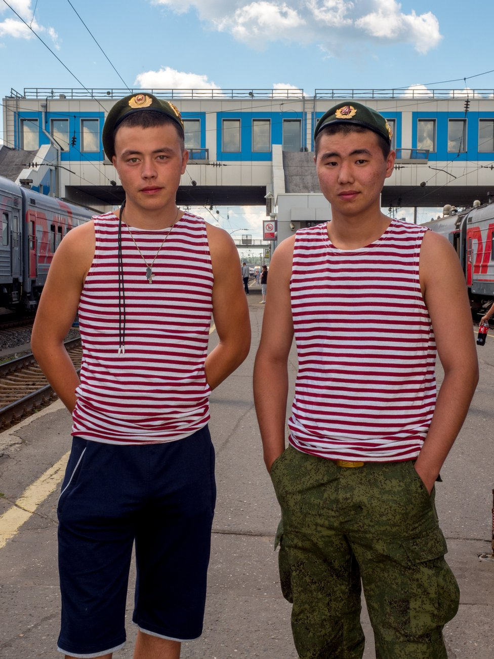 Two Russian soldiers