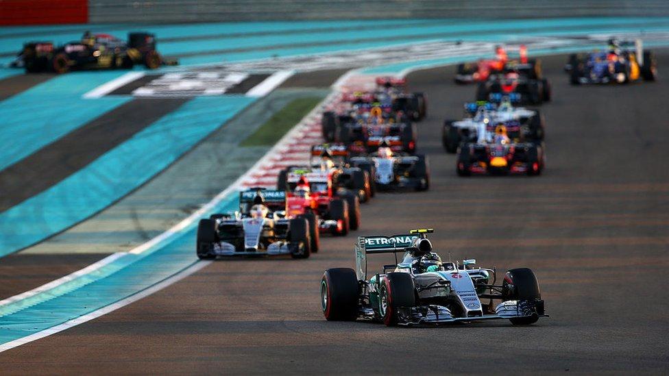 Renault en carrera de Fórmula 1 en Abu Dabi.