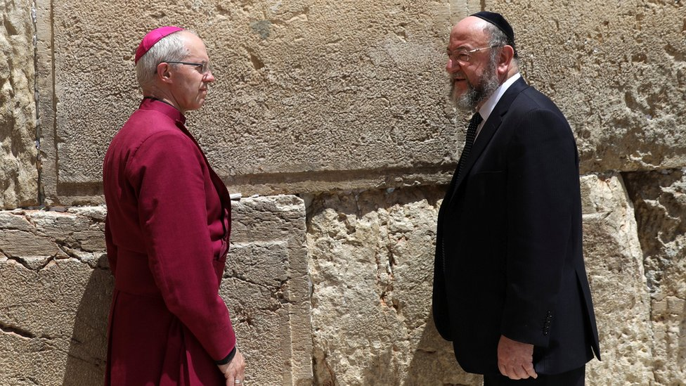 Justin Welby and Britain's chief rabbi Ephraim Mirvis visiting the Western Wall in Jerusalem's Old City