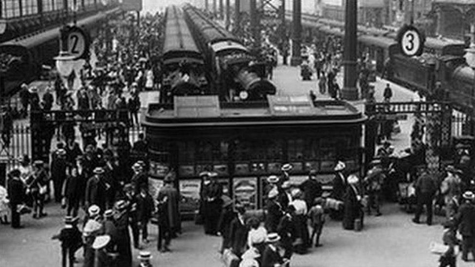 London Waterloo celebrates its 170th anniversary