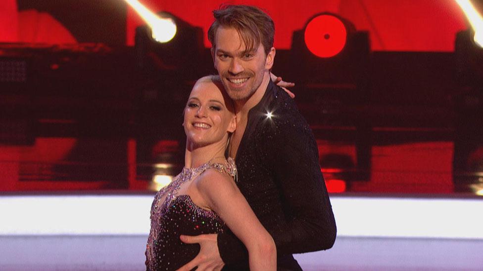 Dancing On Ice Corrie S Antony Cotton To Skate On Despite Injury Bbc News