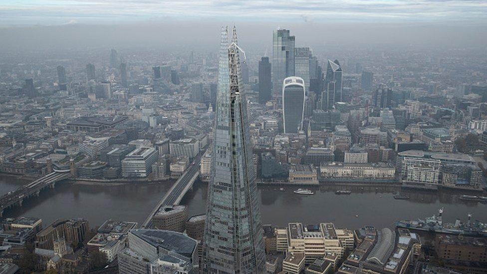 Londra'da Katar'ın sahibi olduğu Shard binası