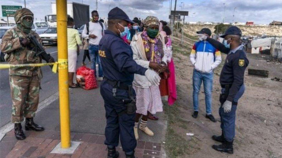 يتسارع إنتشار الوباء في جنوب إفريقيا