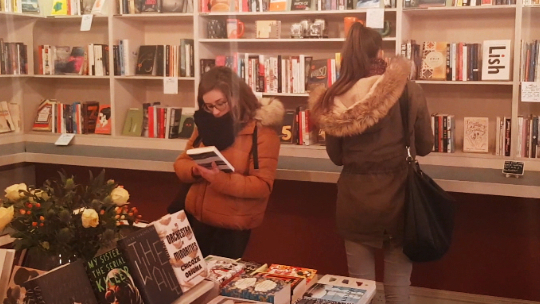 Being a bookshop in a digital age