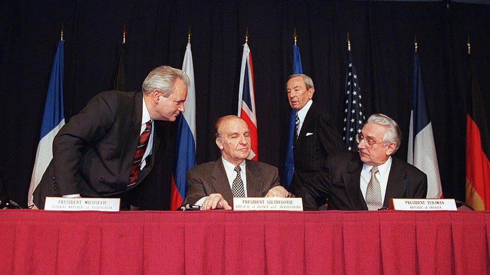 Slobodan Milosevic, Franjo Tudjman y Alija Izetbegović.