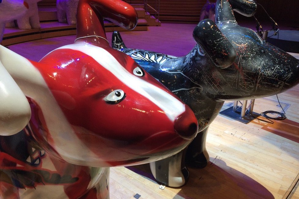 Two snowdogs in position at the Sage Gateshead
