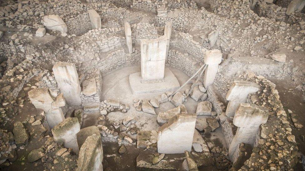 Vista de uno de los recintos del yacimiento arqueológico Göbekli Tepe, en Turquía.