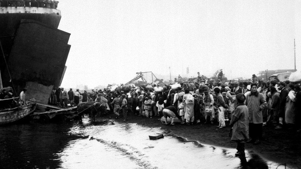 Izbeglice okupljene u Hungnamu u decembru 1950. godine